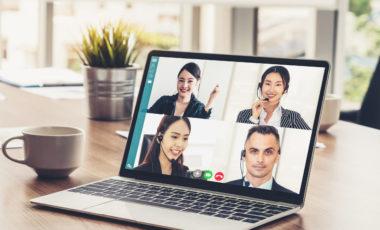 Videoconferências on-line em qualquer dispositivo e para qualquer tamanho de empresa.