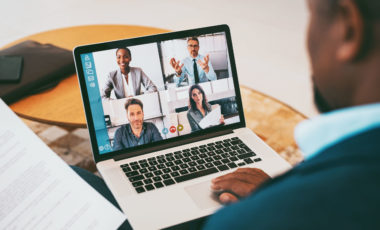 Contratação e retenção de talentos no modelo de trabalho remoto